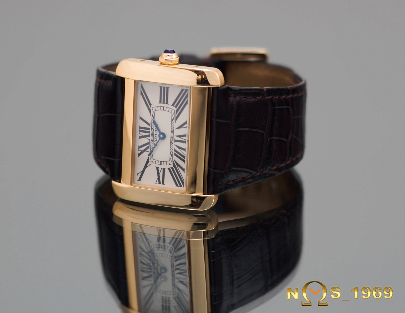 Cartier tank divan large size 18 k yellow gold ref 2602 for Cartier divan xl